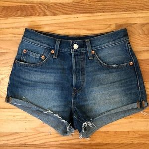 Levi's 501 High Rise Cut Off Shorts Size 24